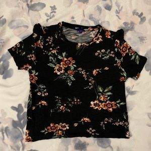 Aeropostale Floral Tee With Ruffles On Sleeves